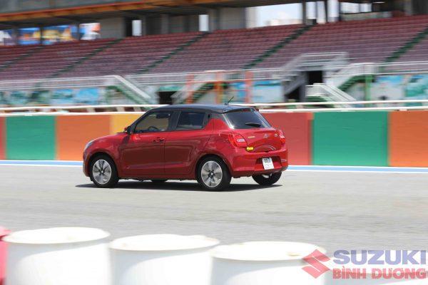 Suzuki swift 2021 17 scaled
