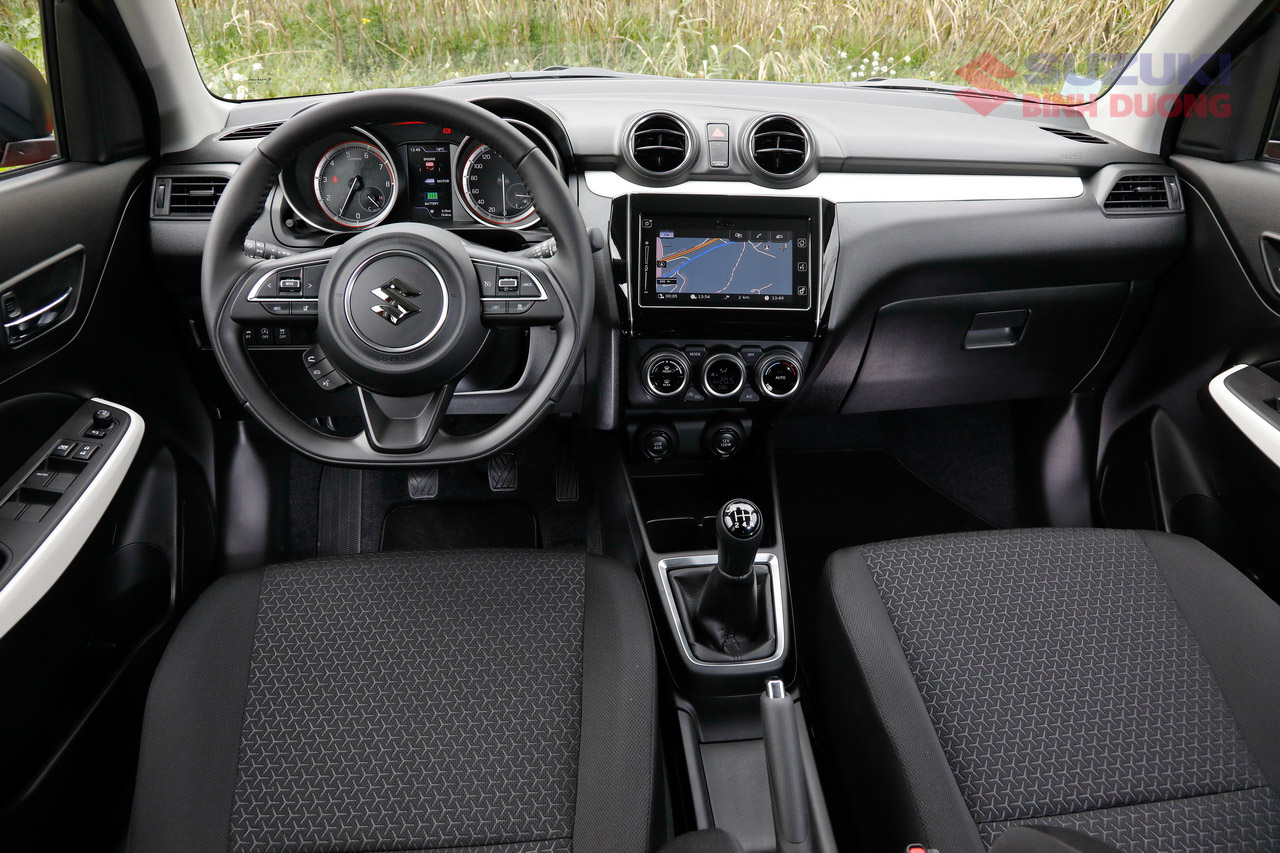 Suzuki Swift 2021 /g/12v_dr0d7 Car: /m/0k4j Suzuki: /m/02ws0w