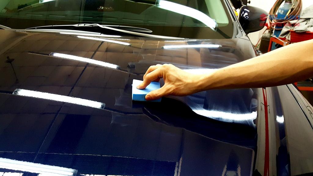 Car: /m/0k4j  Suzuki: /m/02ws0w Xe tải :/m/07r04