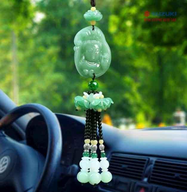 mệnh mộc Car: /m/0k4j Suzuki: /m/02ws0w